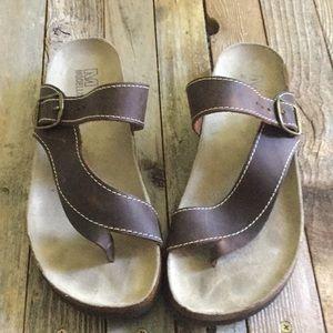Mosellista Coretta Buckle Leather Wedge Flip flop